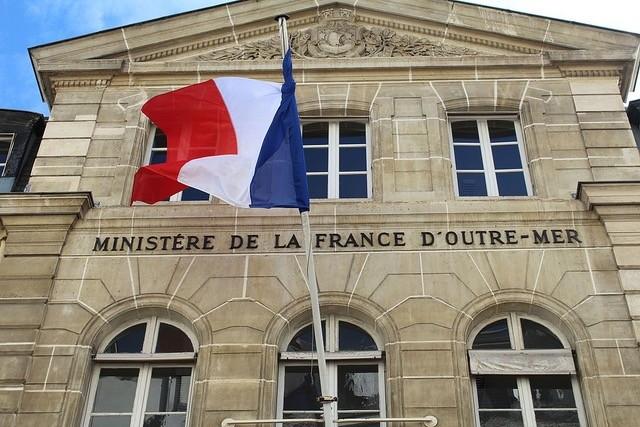 La Cour des comptes épingle le cabinet du ministère des Outre-mer